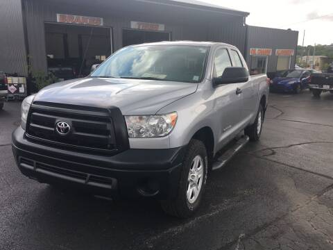 2013 Toyota Tundra for sale at Hoss Sage City Motors, Inc in Monticello IL
