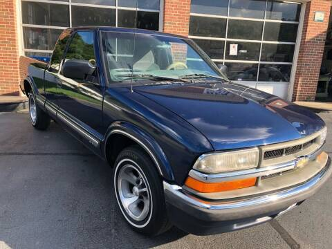 2000 Chevrolet S-10 for sale at Hensley Auto Sales in Frankfort KY