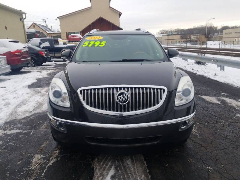 2011 Buick Enclave for sale at Discovery Auto Sales in New Lenox IL