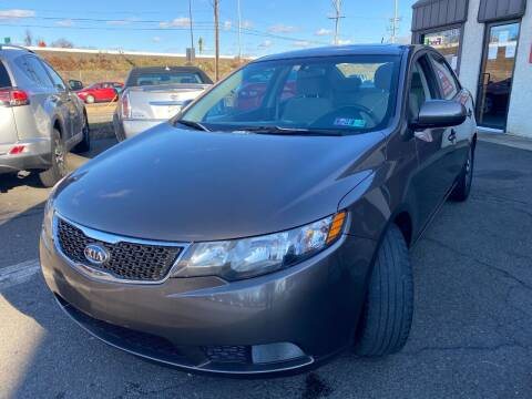 2013 Kia Forte for sale at Luxury Unlimited Auto Sales Inc. in Trevose PA