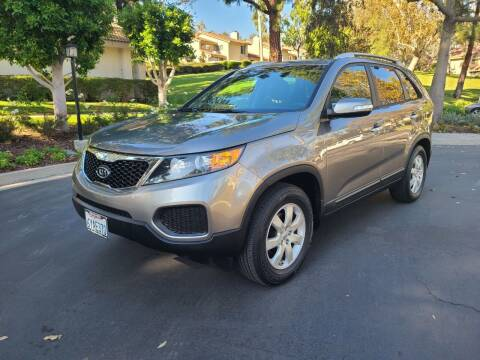 2013 Kia Sorento for sale at E MOTORCARS in Fullerton CA