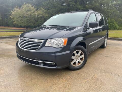 2013 Chrysler Town and Country for sale at el camino auto sales - Global Imports Auto Sales in Buford GA