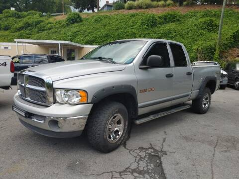 2002 Dodge Ram Pickup 1500 for sale at North Knox Auto LLC in Knoxville TN
