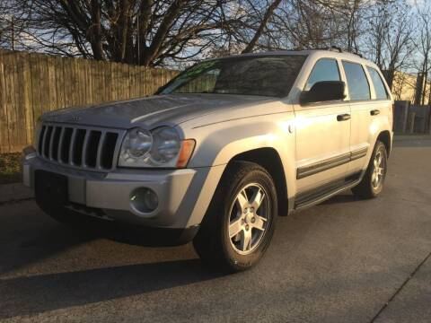 2005 Jeep Grand Cherokee for sale at Harold Cummings Auto Sales in Henderson KY