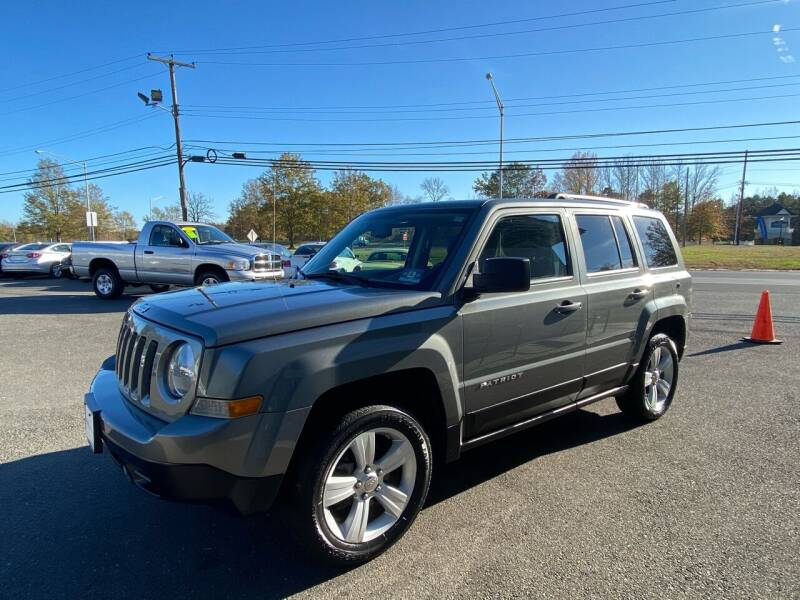 2012 Jeep Patriot for sale at Vantage Auto Group in Tinton Falls NJ