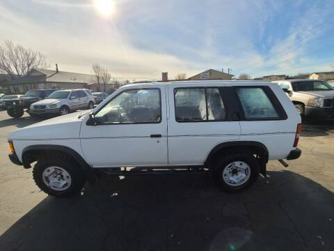 1995 Nissan Pathfinder for sale at Silverline Auto Boise in Meridian ID