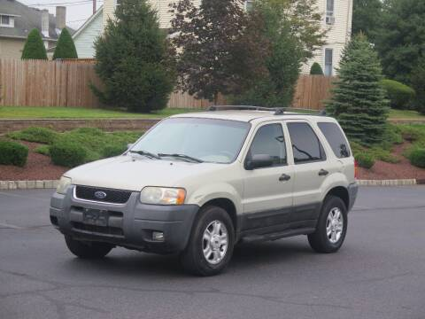 2004 Ford Escape for sale at Absolute Auto Solutions in Hamilton NJ