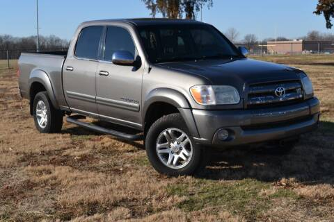 2005 Toyota Tundra for sale at GLADSTONE AUTO SALES    GUARANTEED CREDIT APPROVAL in Gladstone MO