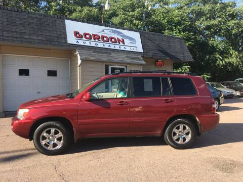 2005 Toyota Highlander for sale at Gordon Auto Sales LLC in Sioux City IA