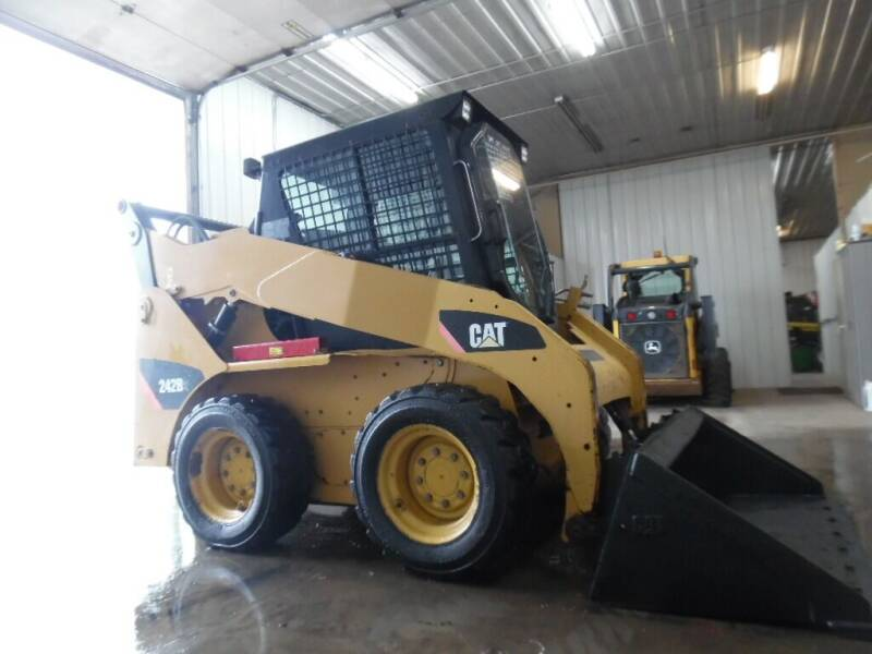 2007 Caterpillar 242B  - West Fargo ND
