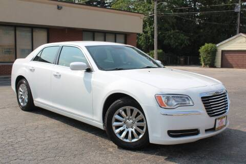2013 Chrysler 300 for sale at JZ Auto Sales in Summit IL