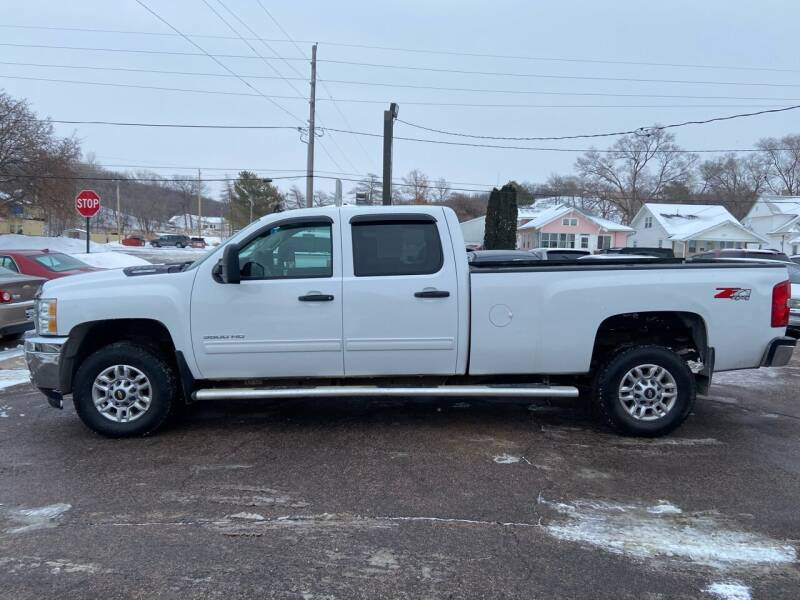 2014 Chevrolet Silverado 3500HD for sale at RIVERSIDE AUTO SALES in Sioux City IA