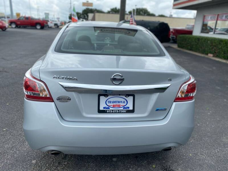 2013 Nissan Altima for sale at Traditional Autos in Dallas TX