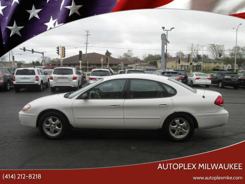 2005 Ford Taurus for sale at Autoplex 2 in Milwaukee WI