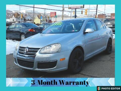 2005 Volkswagen Jetta for sale at 2010 Auto Sales in Glassport PA