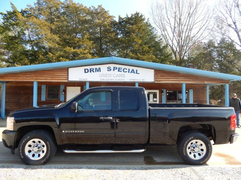 2007 Chevrolet Silverado 1500 for sale at DRM Special Used Cars in Starkville MS