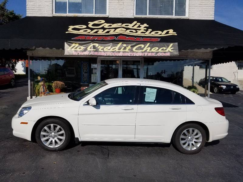 2010 Chrysler Sebring for sale at Credit Connection Auto Sales Inc. YORK in York PA