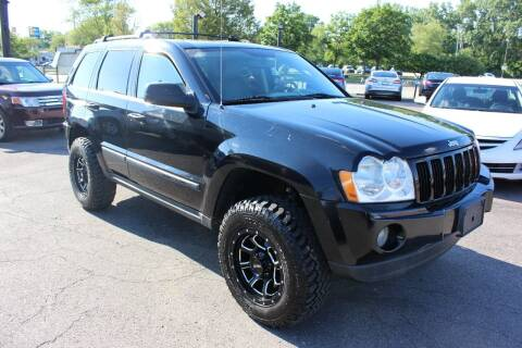 2007 Jeep Grand Cherokee for sale at BANK AUTO SALES in Wayne MI