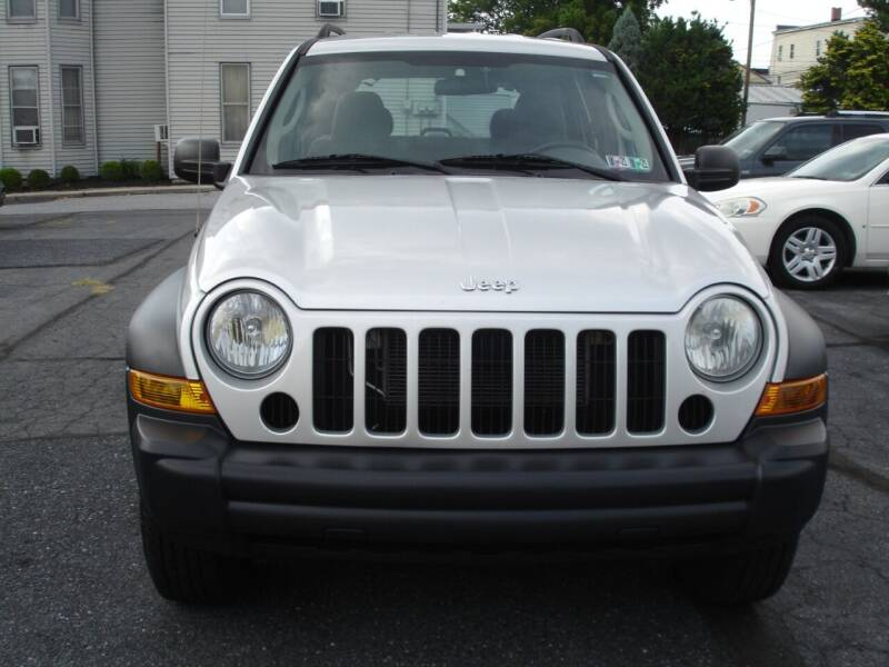 2006 Jeep Liberty for sale at Pete's Bridge Street Motors in New Cumberland PA