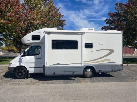 2006 Dodge Sprinter Cab Chassis for sale at Dealers Choice Inc in Farmersville CA