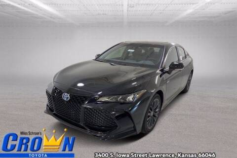 2021 Toyota Avalon Hybrid for sale at Crown Automotive of Lawrence Kansas in Lawrence KS