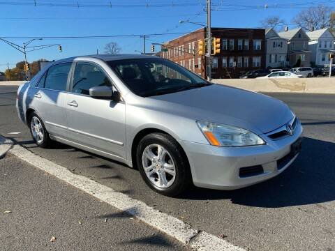 2006 Honda Accord for sale at G1 AUTO SALES II in Elizabeth NJ