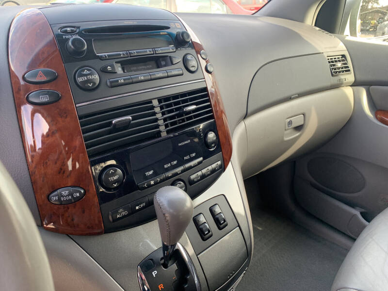 2004 Toyota Sienna XLE Limited 7-Passenger 4dr Mini-Van - Windber PA