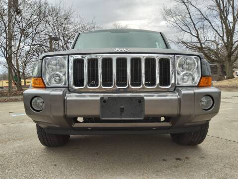 2007 Jeep Commander for sale at Crispin Auto Sales in Urbana IL