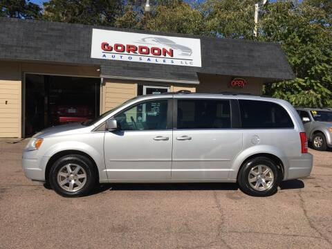 2008 Chrysler Town and Country for sale at Gordon Auto Sales LLC in Sioux City IA