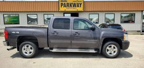 2010 Chevrolet Silverado 1500 for sale at Parkway Motors in Springfield IL