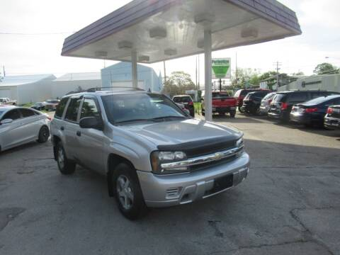2006 Chevrolet TrailBlazer for sale at Perfection Auto Detailing & Wheels in Bloomington IL