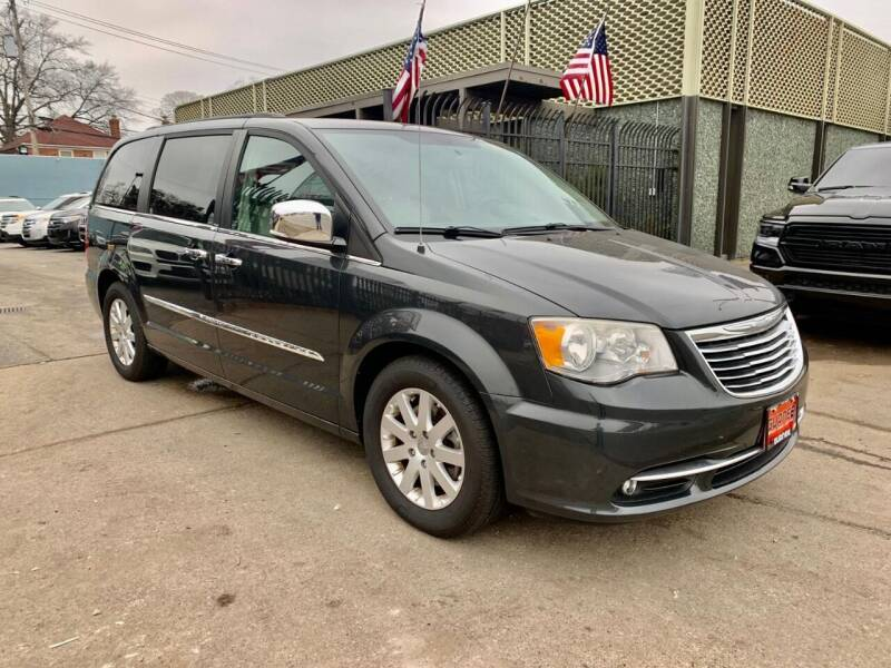 2012 Chrysler Town and Country for sale at Gus's Used Auto Sales in Detroit MI