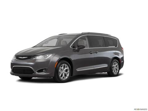 2017 Chrysler Pacifica for sale at Mann Chrysler Dodge Jeep of Richmond in Richmond KY