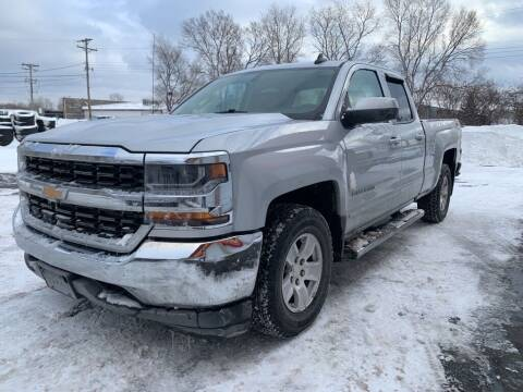 2018 Chevrolet Silverado 1500 for sale at MIDWEST CAR SEARCH in Fridley MN