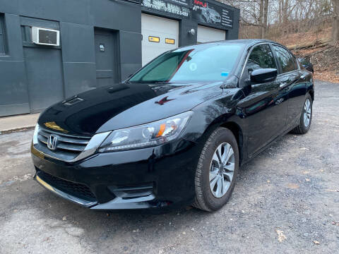 2015 Honda Accord for sale at Apple Auto Sales Inc in Camillus NY