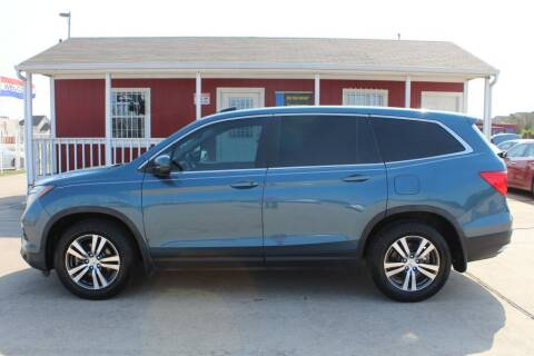 2016 Honda Pilot for sale at AMT AUTO SALES LLC in Houston TX