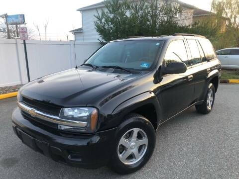 2004 Chevrolet TrailBlazer for sale at Giordano Auto Sales in Hasbrouck Heights NJ