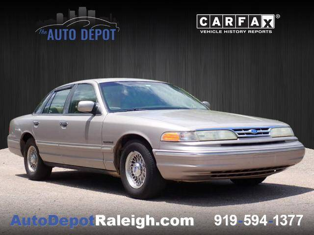 1995 Ford Crown Victoria for sale at The Auto Depot in Raleigh NC