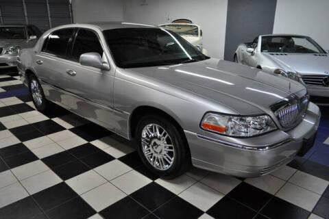 2009 Lincoln Town Car for sale at Podium Auto Sales Inc in Pompano Beach FL