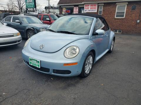 2009 Volkswagen New Beetle Convertible for sale at Kar Connection in Little Ferry NJ
