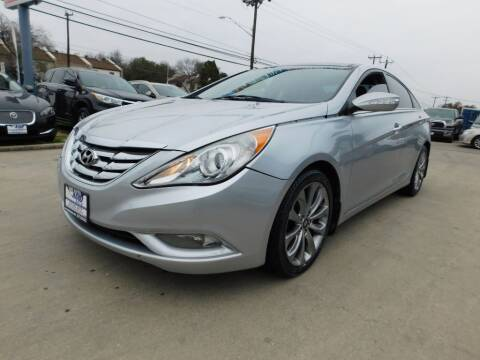2013 Hyundai Sonata for sale at AMD AUTO in San Antonio TX