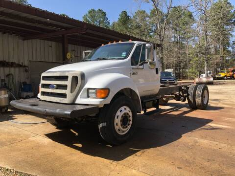 2004 Ford F-750 Super Duty for sale at M & W MOTOR COMPANY in Hope AR