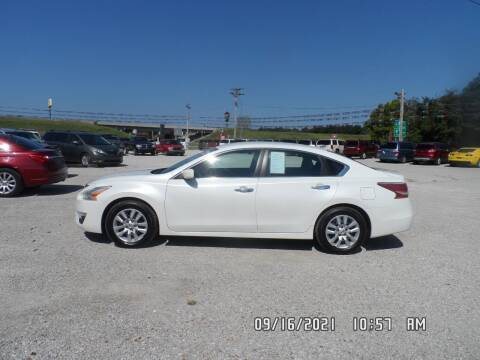 2015 Nissan Altima for sale at Town and Country Motors in Warsaw MO