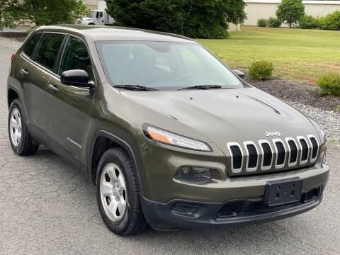 2015 Jeep Cherokee for sale at ECONO AUTO INC in Spotsylvania VA