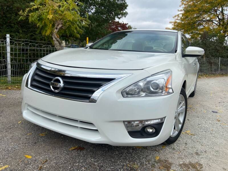 2013 Nissan Altima for sale at 3M AUTO GROUP in Elkhart IN