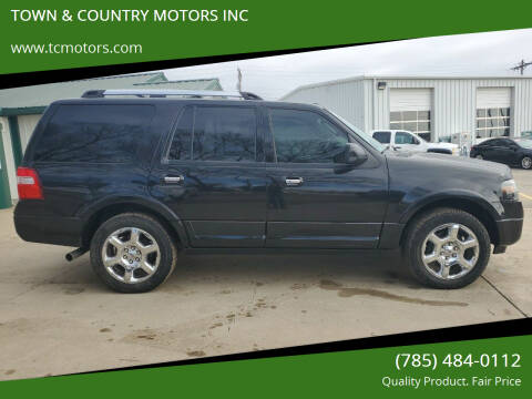 2014 Ford Expedition for sale at TOWN & COUNTRY MOTORS INC in Meriden KS
