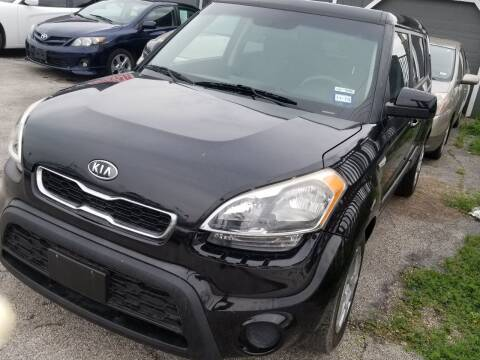 2012 Kia Soul for sale at ACE AUTOMOTIVE in Houston TX