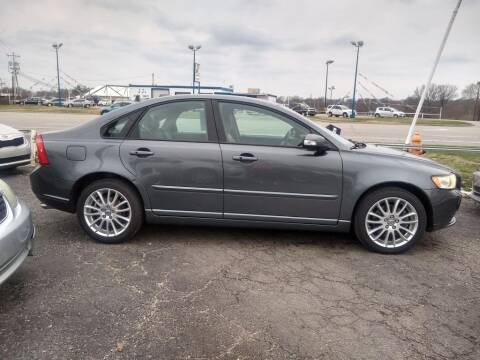 2008 Volvo S40 for sale at Savior Auto in Independence MO