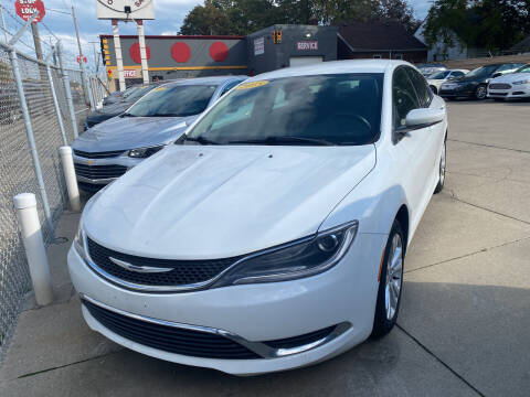 2015 Chrysler 200 for sale at Matthew's Stop & Look Auto Sales in Detroit MI