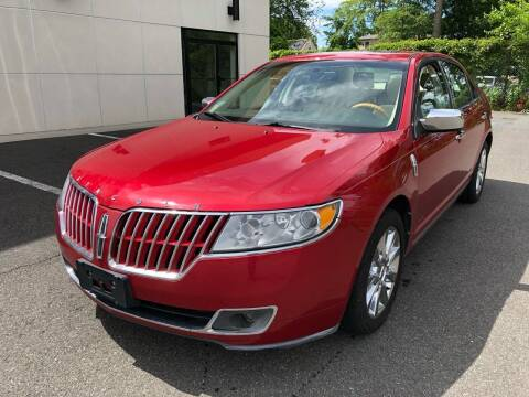 2011 Lincoln MKZ for sale at MAGIC AUTO SALES in Little Ferry NJ